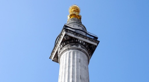 the-monument-column-and-cage-in-the-city-of-london